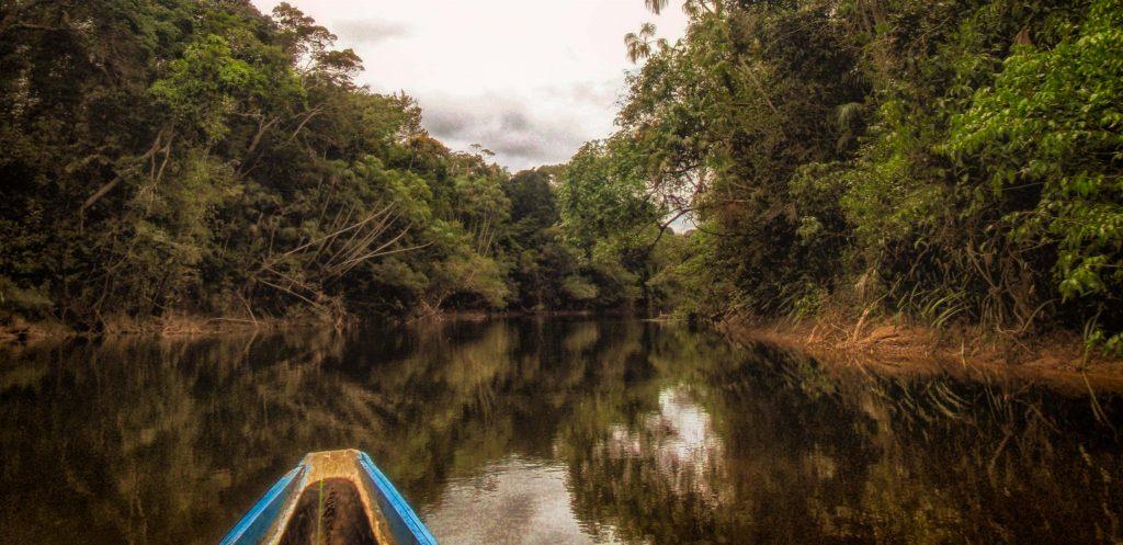 Canoe on Inirida river